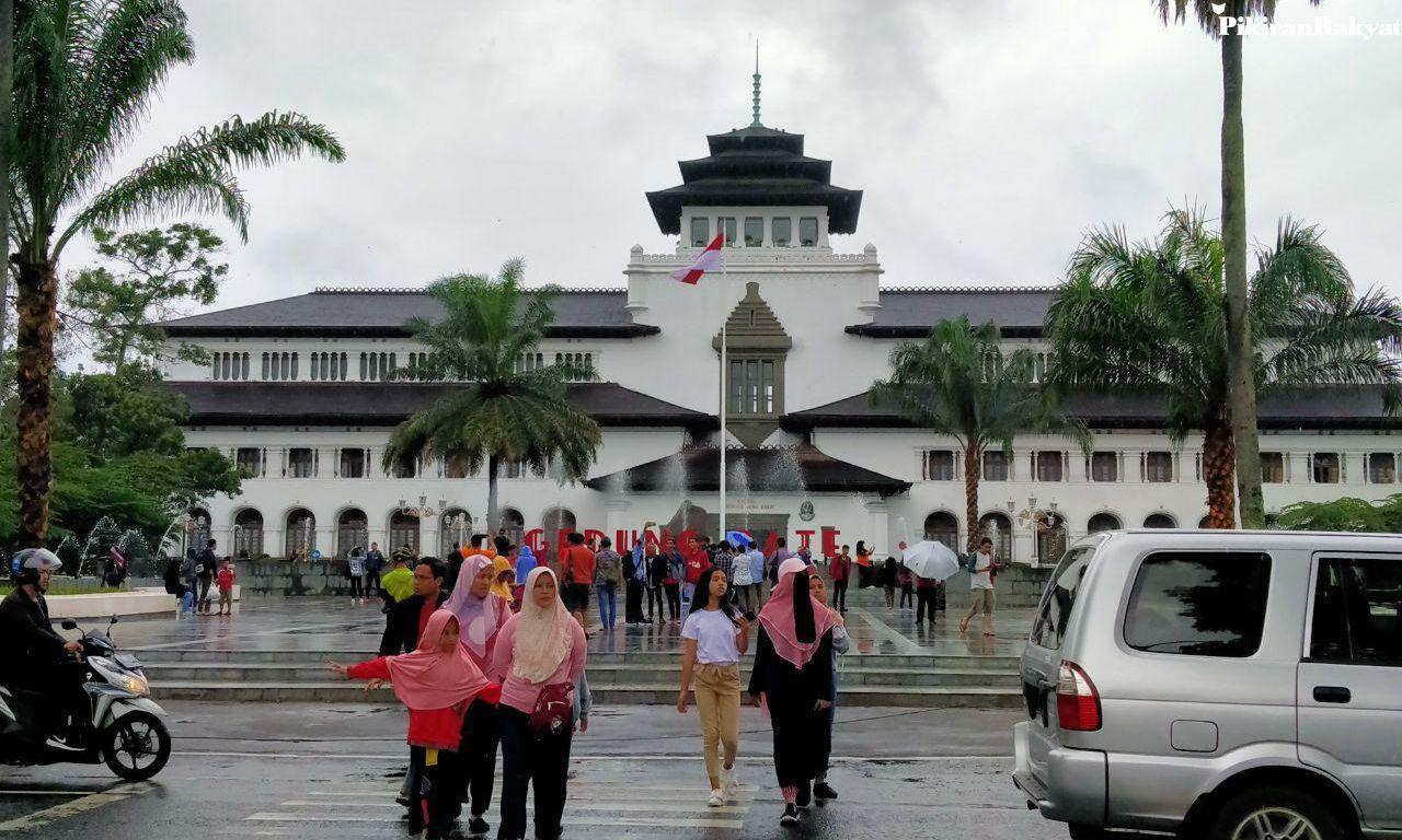 Gedung Sate Berusia 100 Tahun, Ridwan Kamil Jadikan Wisata Sejarah dan Buka Aula untuk Publik