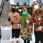 GIPI/PHRI Jabar Salurkan Nasi Box Untuk Tenaga Medis Covid-19,Terkumpul 4.800 Box